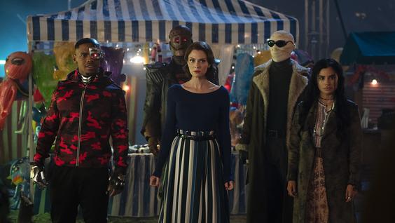 """Joivan Wade, Brendan Fraser as """"Robotman"""", April Bowlby, Matt Bomer, Diane Guerrero"""