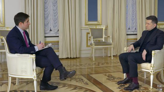 Axios National Political Correspondent Jonathan Swan, President of Ukraine Volodymyr Zelensky