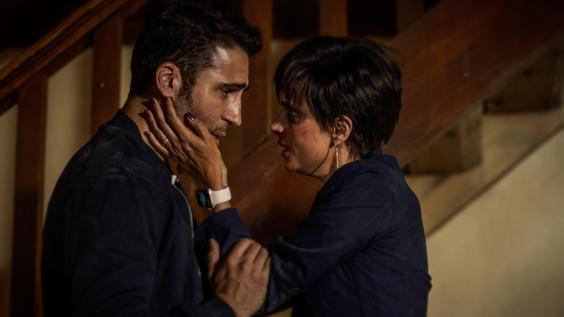 Miguel Ángel Silvestre and Macarena Gómez