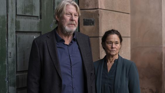 Rolf Lassgard, Pernilla August