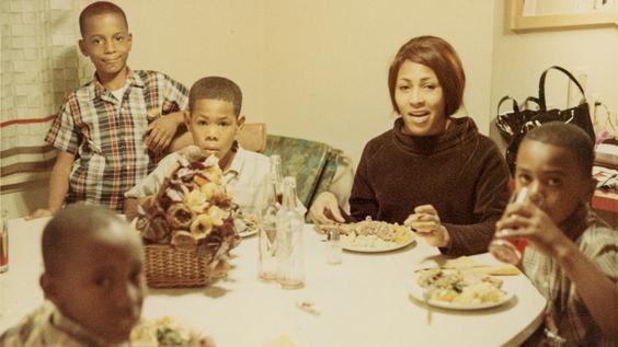 Tina Turner and her children (1967)