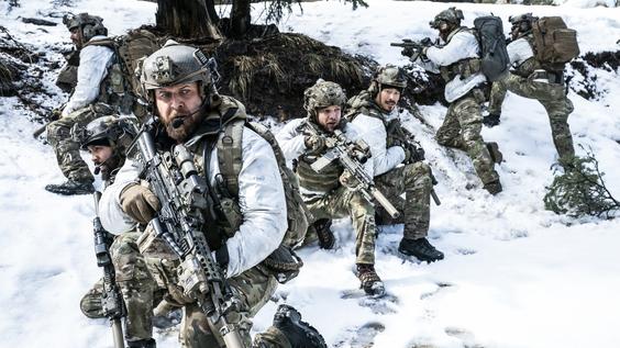 """Gefährliche Manöver auf TNT Serie: """"SEAL Team"""" kehrt mit Staffel 4 zurück"""